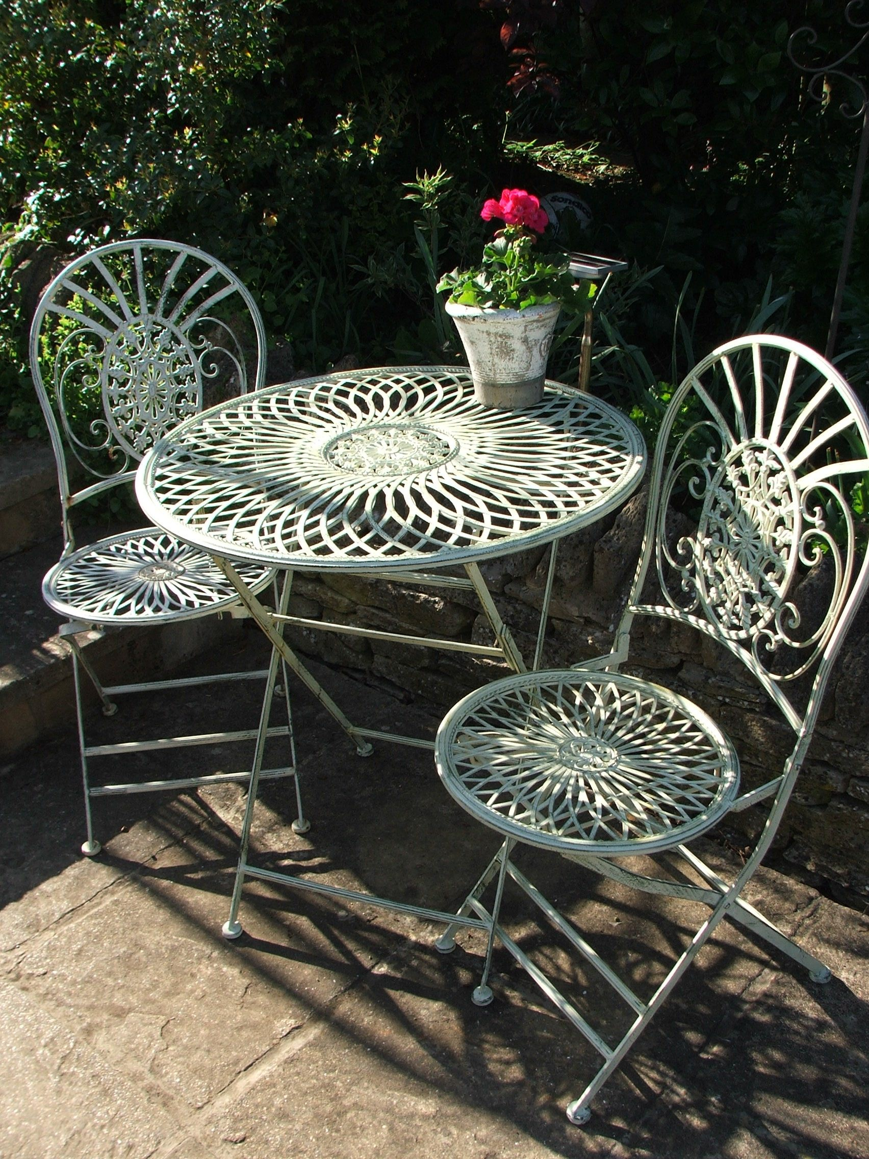 Wonderful Bibery Bistro Set